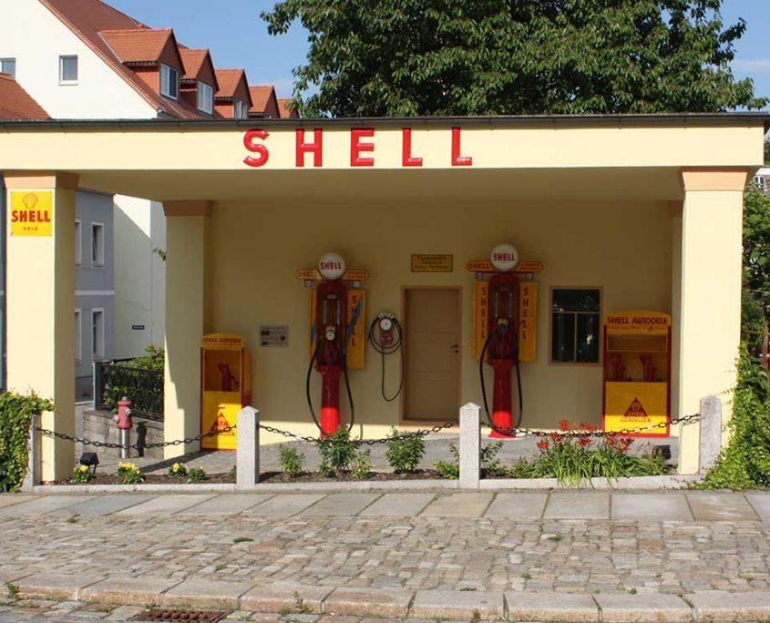 Restaurierte Shell Tankstelle heute in Kamenz
